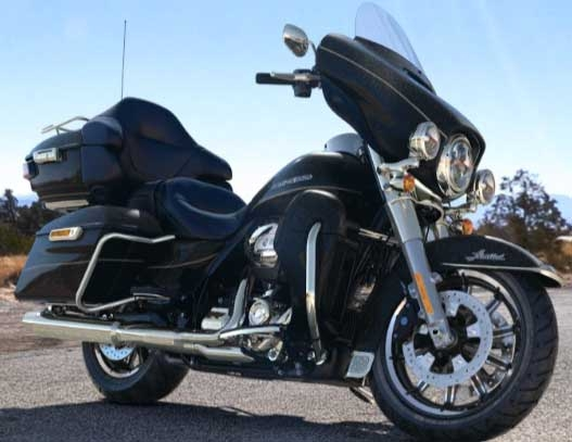Electra Glide Ultra Limited, Location moto Harley Davidson