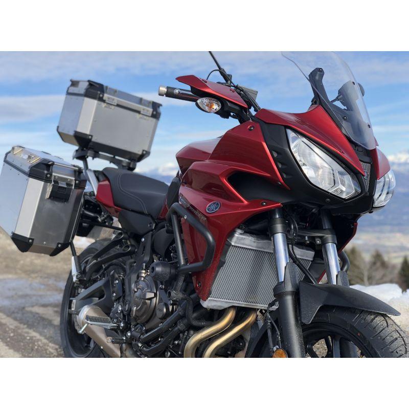 moto yamaha tracer 700 en location avec votre permis a2. Black Bedroom Furniture Sets. Home Design Ideas