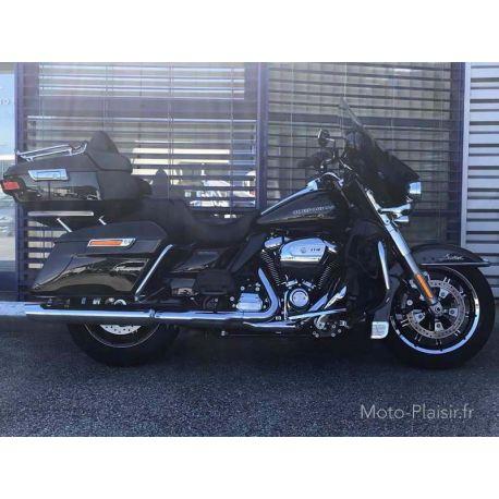Electra Glide Ultra Limited, Location moto Harley Davidson