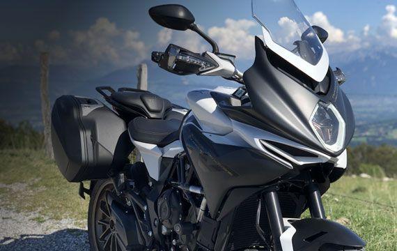 Location moto MV Agusta Turismo Veloce